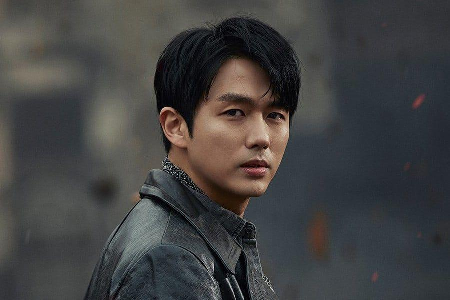 2AM's Im Seulong Receives Fine Regarding Car Accident Involving Jaywalking Pedestrian