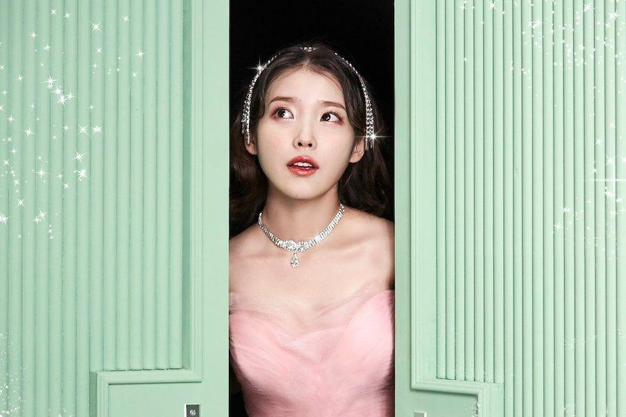 "IU Sweeps Major Realtime Charts With ""Celebrity"""
