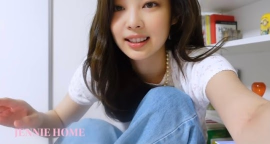 Jennie hits over 3 million subs just 2 days after opening YouTube channel ~ Netizen Buzz