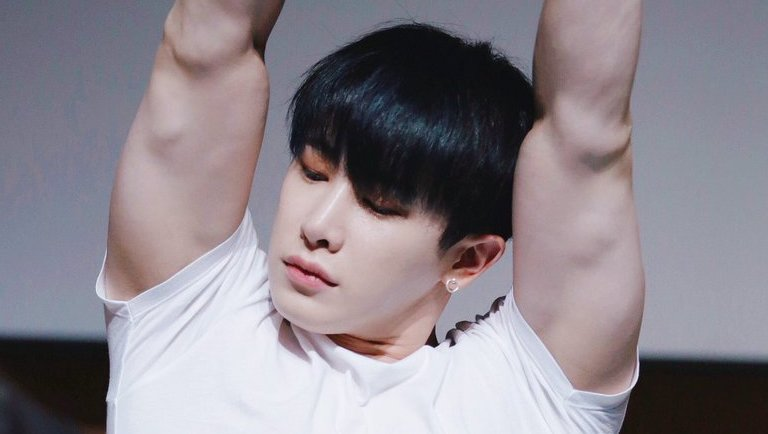 WonHo Breaks The Internet With The Sexiest Photos Of Himself In Bed In 2021 | Kpopmap