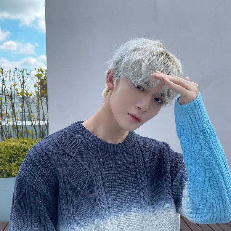 CIX's Bae JinYoung Posts Dazzling Pictures Of Him Enjoying The Spring Light