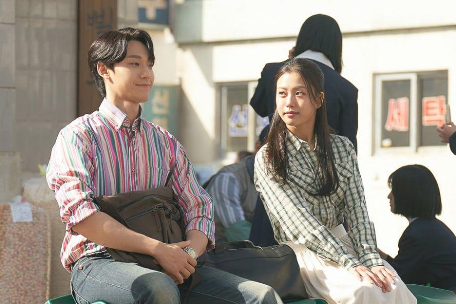 "Lee Do Hyun Can't Hide His Nervousness On 1st Date With Go Min Si In ""Youth Of May"""